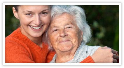 elderly-and-volunteer-gatek